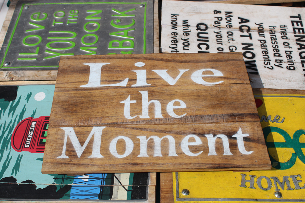 Live_the_moment